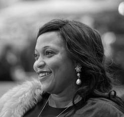 Véro Tshanda  Beya Mputu