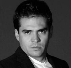 Víctor Hugo  Arana
