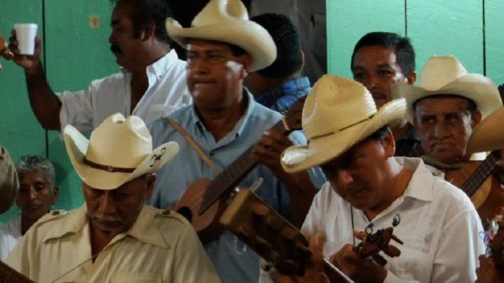 Soneros de Tesechoacán