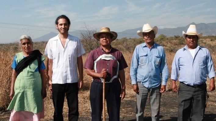 13 pueblos en defensa del agua. el aire y la tierra